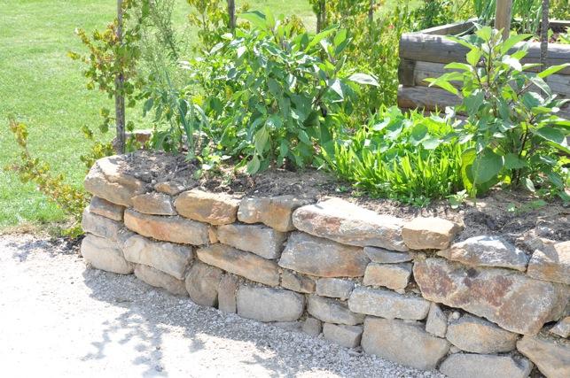 hochbeet aus stein bauen